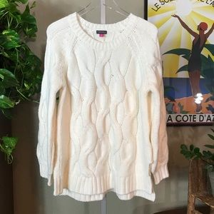 {VINCE CAMUTO} Chunky Knit Sweater
